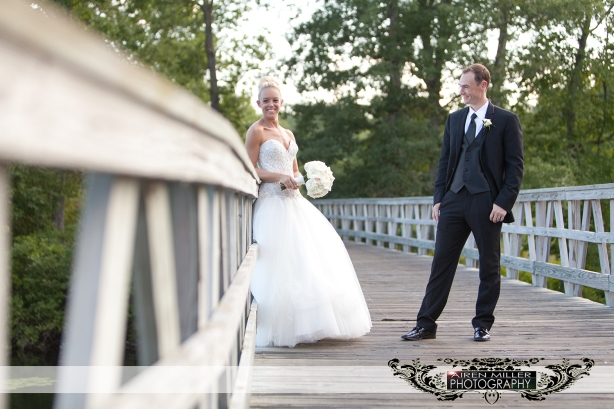 LAKE_OF_ISLES_WEDDING_0027