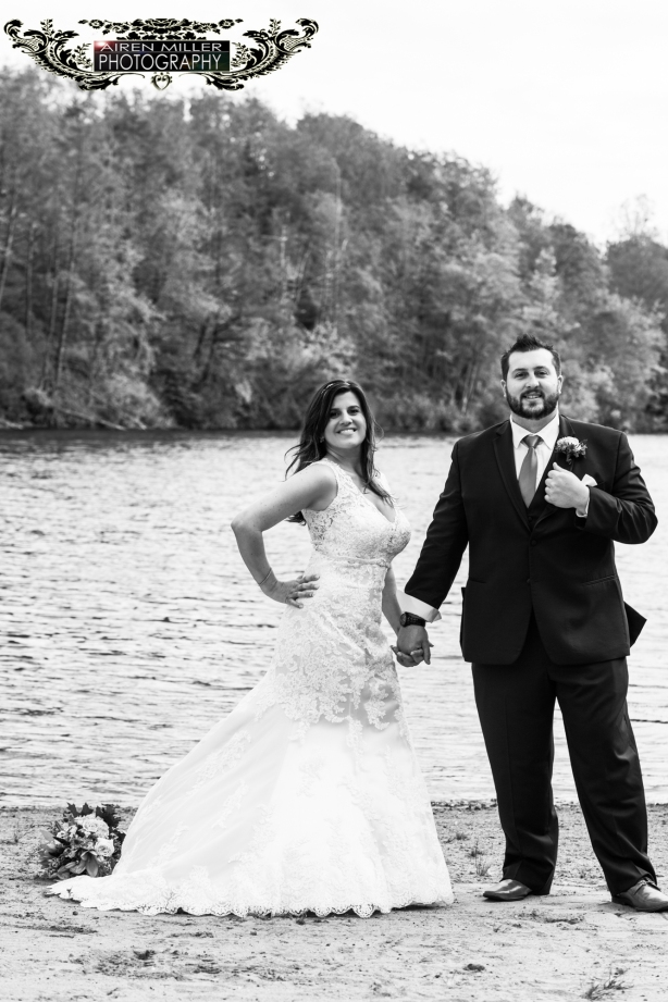 Pavilion-on-crystal-lake-Wedding-images-0027